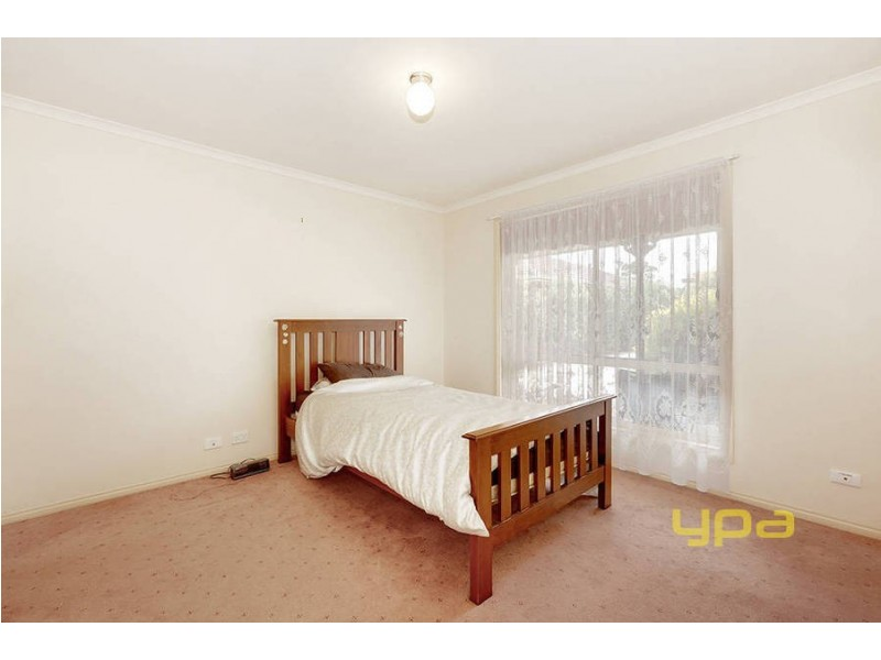 2/21 Wattle Avenue, Werribee VIC 3030