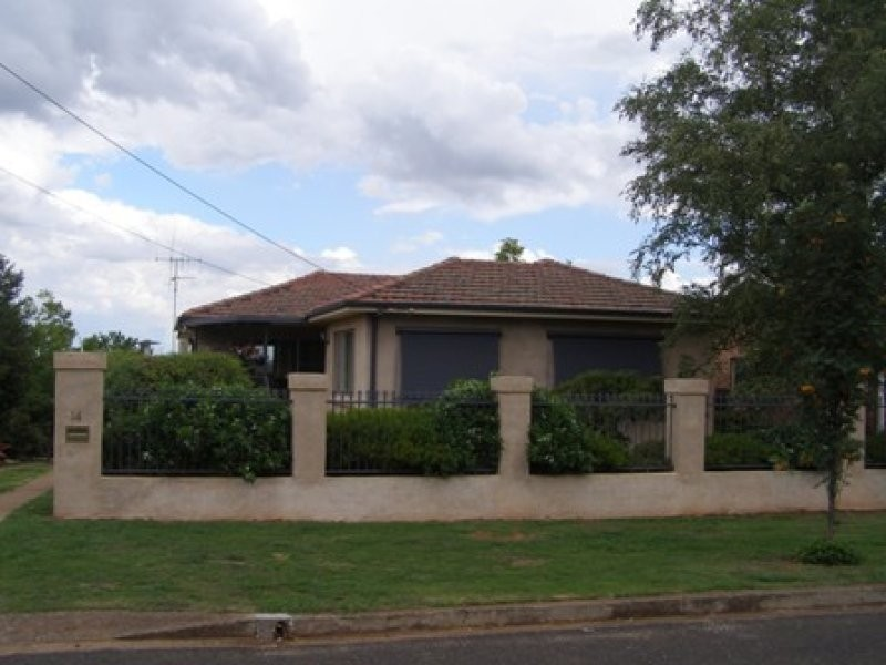 14 Rowan Street, Orange NSW 2800