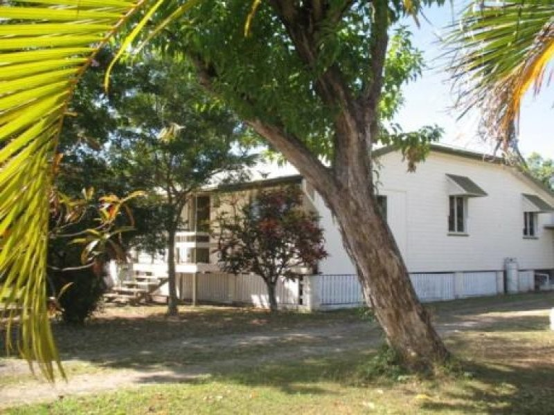 80 Kings Road, Hyde Park QLD 4812
