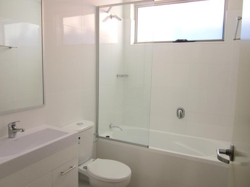6 Hyde Park Road, Berala NSW 2141