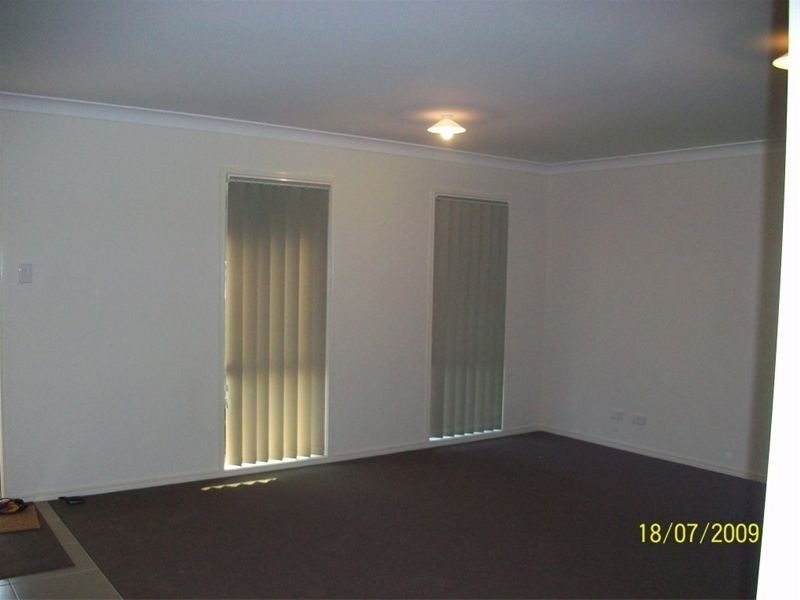 39 Eric Drive, Blackstone QLD 4304