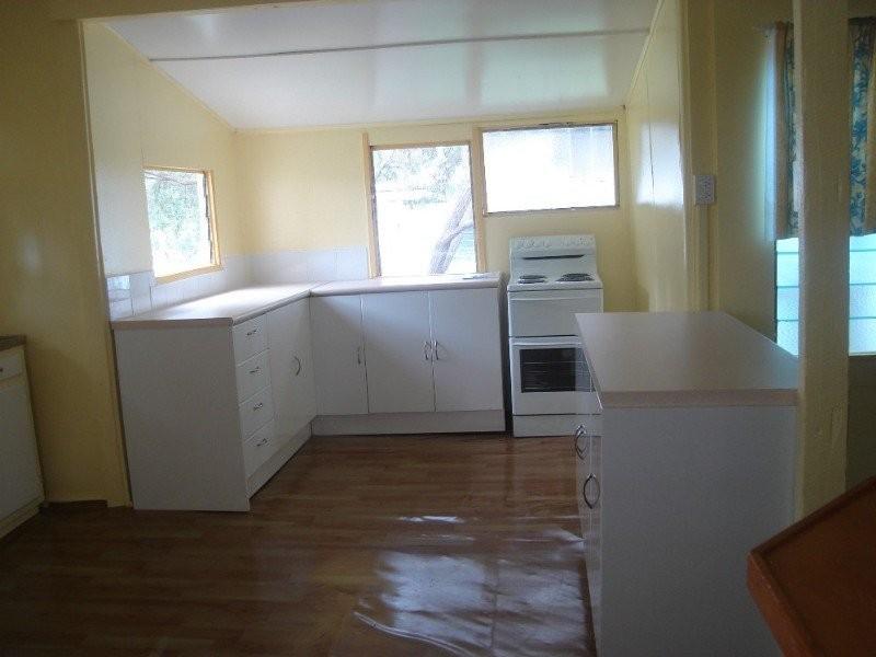 44 Gidyea St, Barcaldine QLD 4725