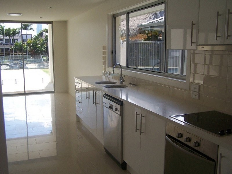 57 T E Peters Drive, Broadbeach Waters QLD 4218