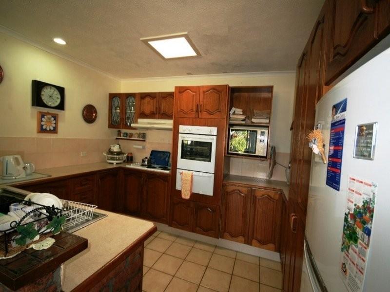 18 Cypress Drive, Broadbeach Waters QLD 4218