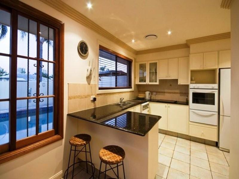 6 Coral Gables Key, Broadbeach Waters QLD 4218