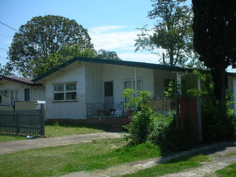 8 Glenview Street, Acacia Ridge QLD 4110