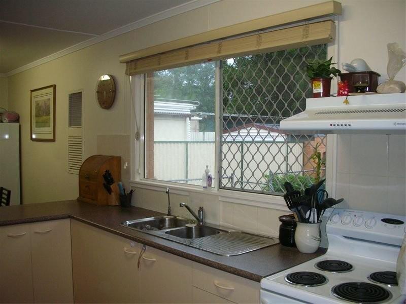 37 Hemsworth Street, Acacia Ridge QLD 4110
