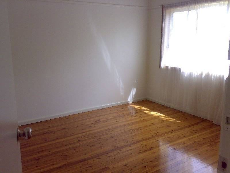 2 Jason Avenue, Barrack Heights NSW 2528