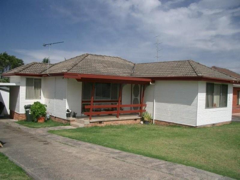 49 Sammat Ave, Barrack Heights NSW 2528