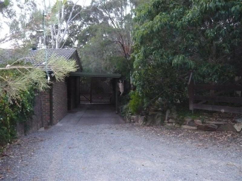 1 Mount Malvern Road, Aberfoyle Park SA 5159