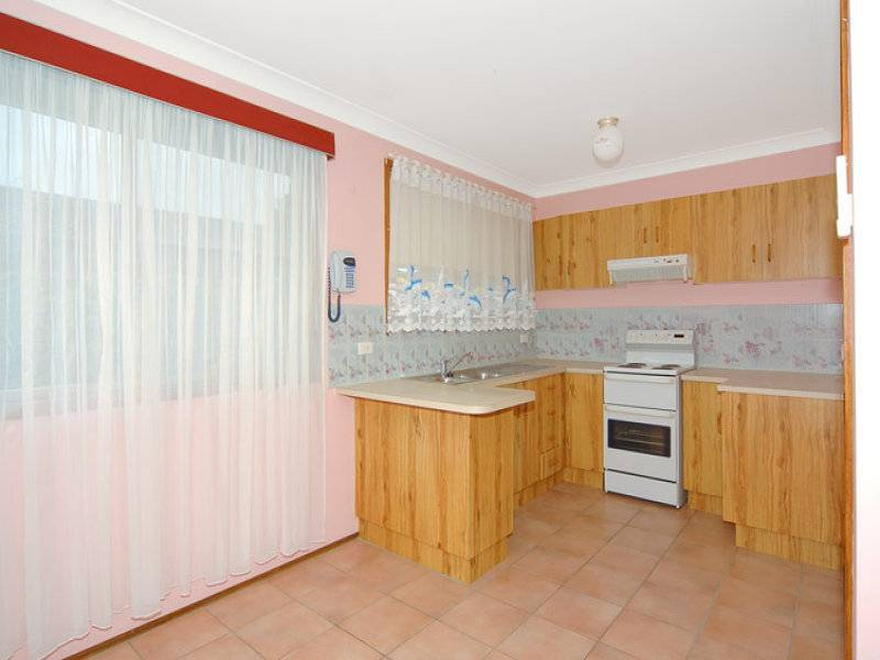 1/275 Shellhabour Road, Barrack Heights NSW 2528