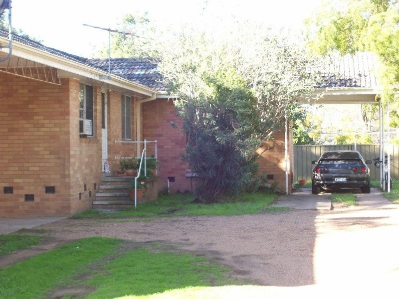 3/16 Carroll St, Singleton NSW 2330