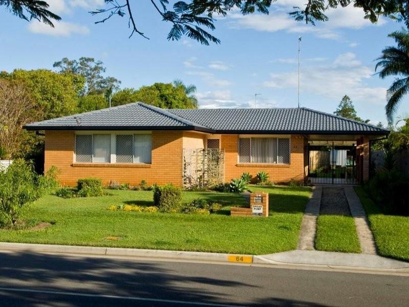 64 Poinciana Boulevard, Broadbeach Waters QLD 4218