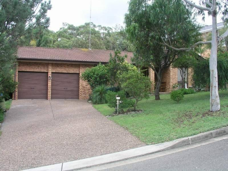 115 Hall Dr, Alfords Point NSW 2234