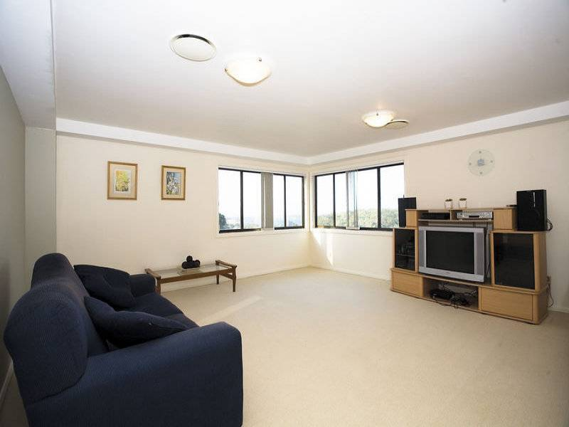 25 Casuarina Rd, Alfords Point NSW 2234
