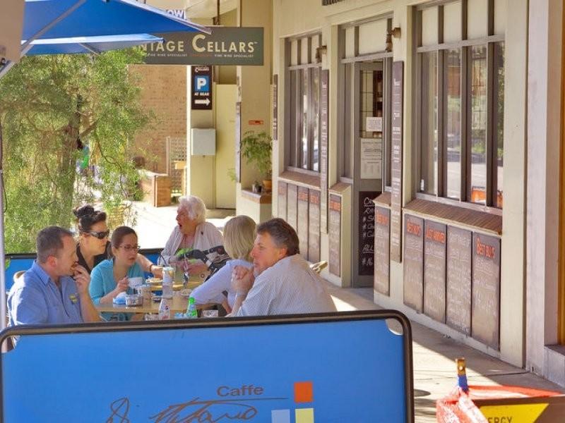 5 2A Walton Cresent, Abbotsford NSW 2046