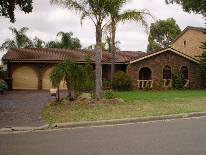 6 Kingston Pl, Abbotsbury NSW 2176