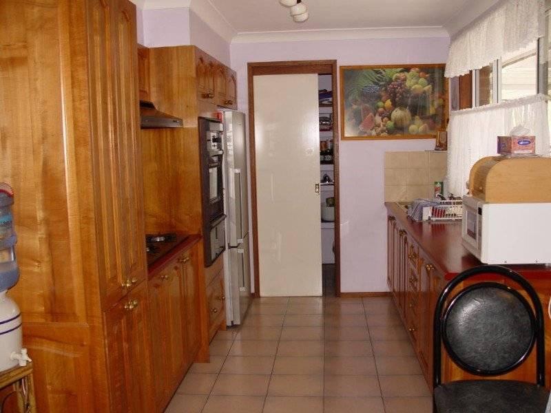 3 Driscoll St, Abbotsbury NSW 2176