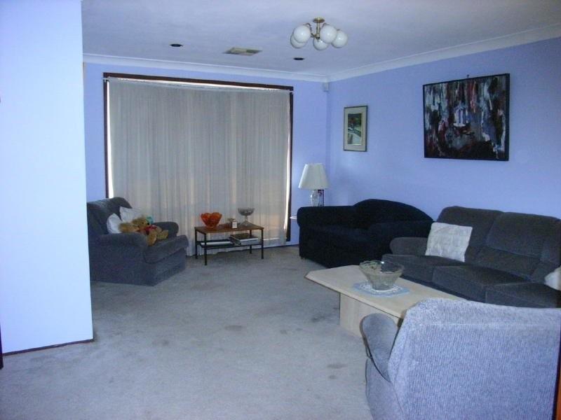 21 Glenton Street, Abbotsbury NSW 2176