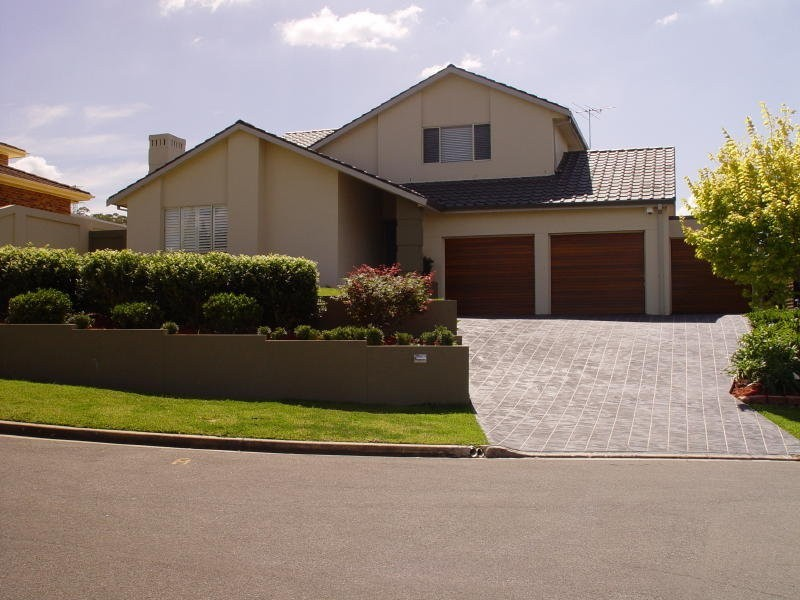 13 Woodman Place, Abbotsbury NSW 2176