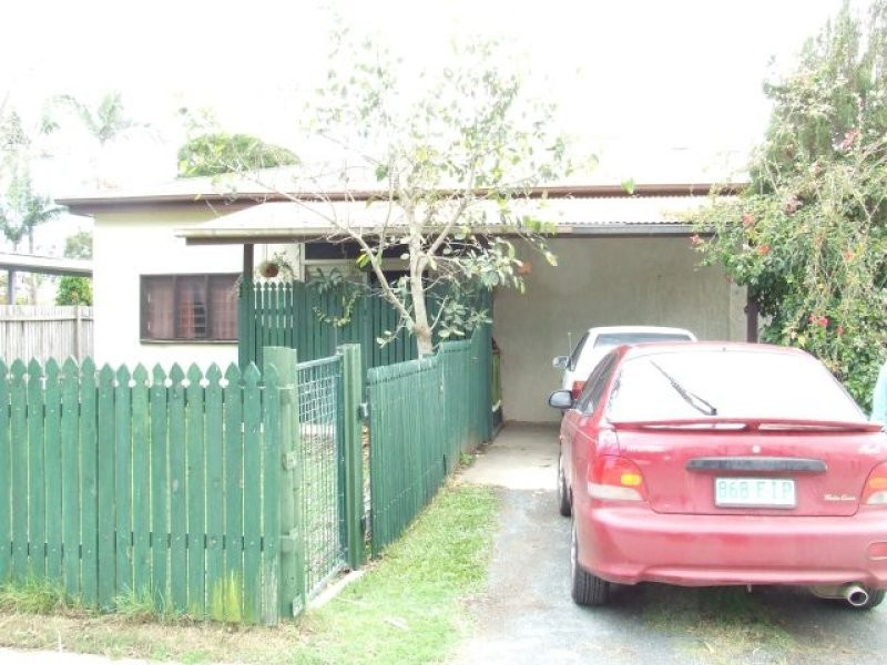 140 McIntyre Street, Calen QLD 4798