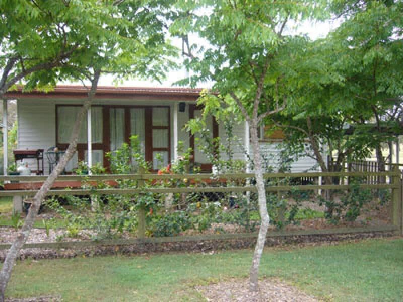 1 Hawkins St, Allenview QLD 4285