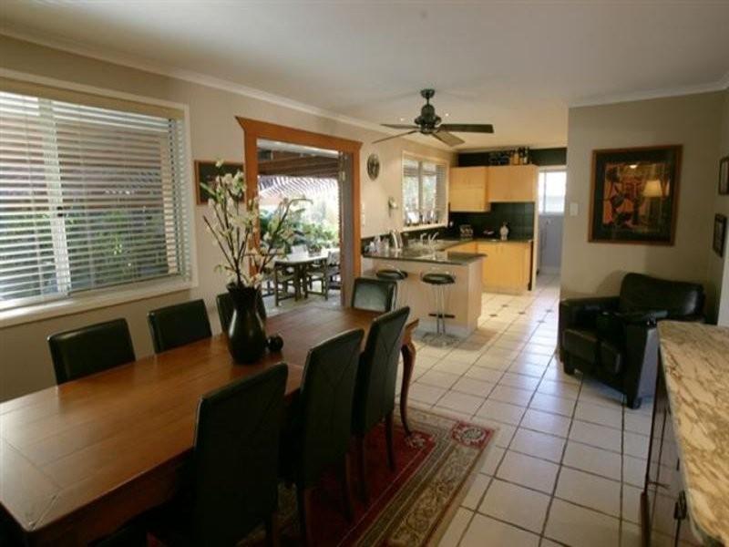 330 Monaco Street, Broadbeach Waters QLD 4218