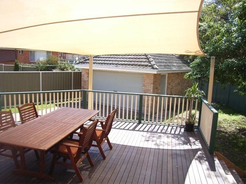 42 Ashbury St, Adamstown Heights NSW 2289