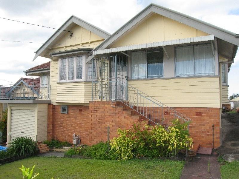 31 Goskar Avenue, Alderley QLD 4051