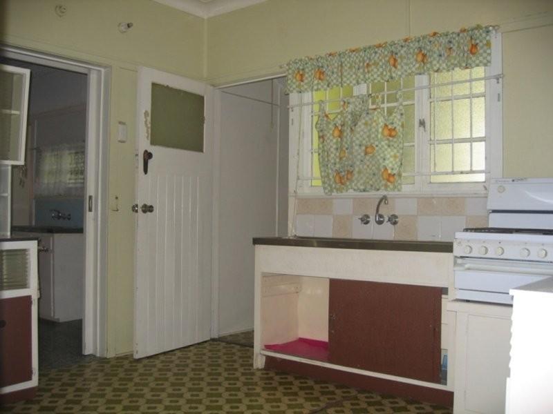 39 Huxley Avenue, Alderley QLD 4051