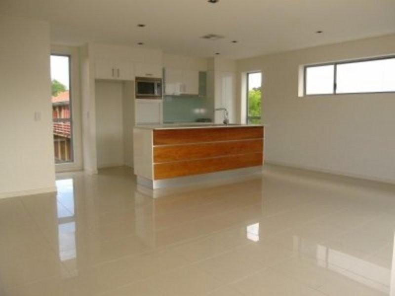 2/11 Huddart Street, Alderley QLD 4051