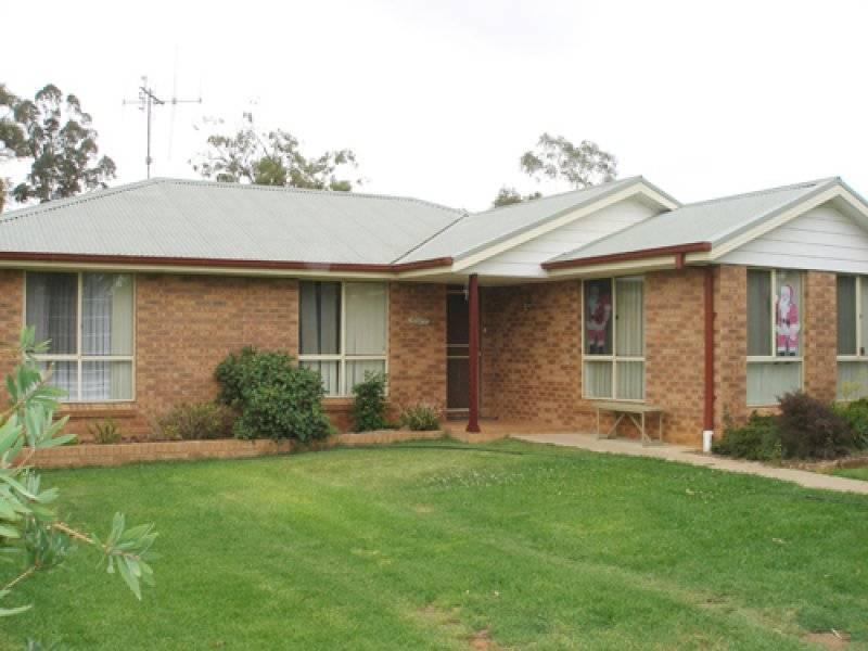 93 Jennings St, Armatree NSW 2831