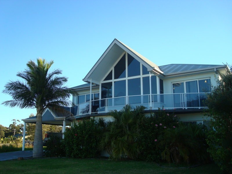 25 Seaview Street, Diamond Beach NSW 2430