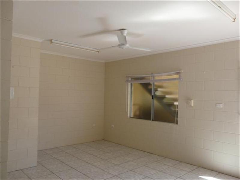 2/6 Bon Villa Avenue, Belvedere QLD 4860