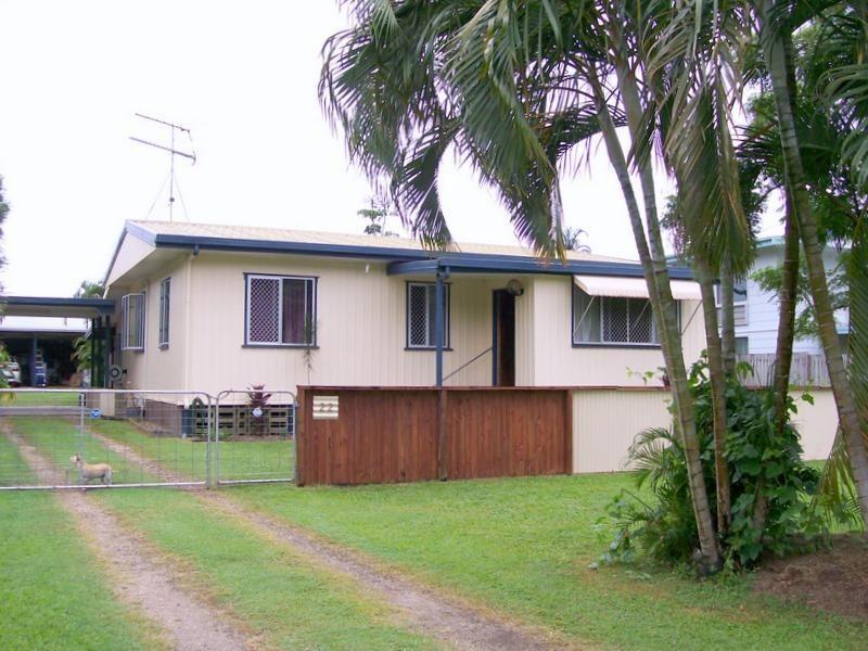 22 Maud Street, Flying Fish Point QLD 4860