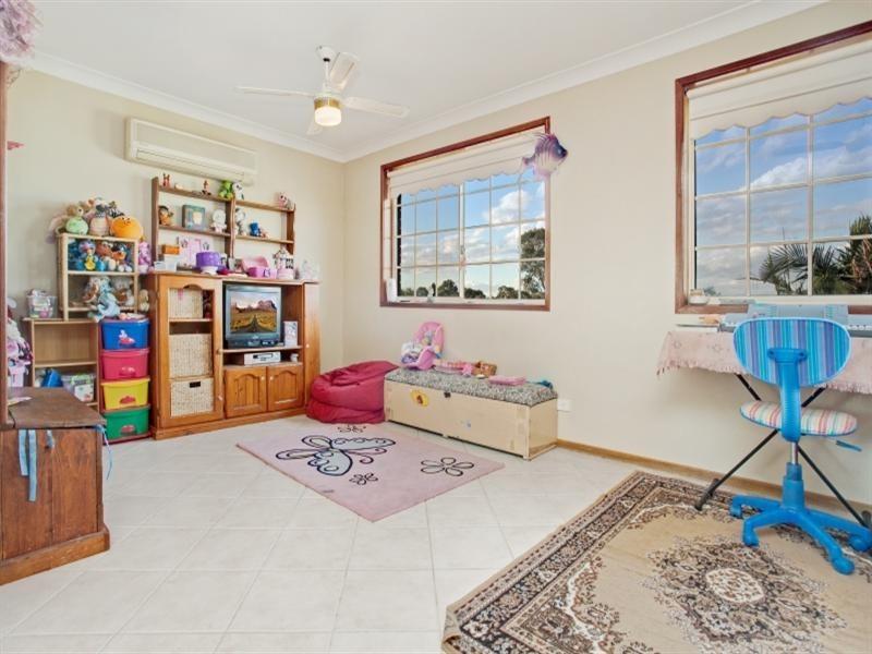 4 Bronwyn Close, Thornton NSW 2322