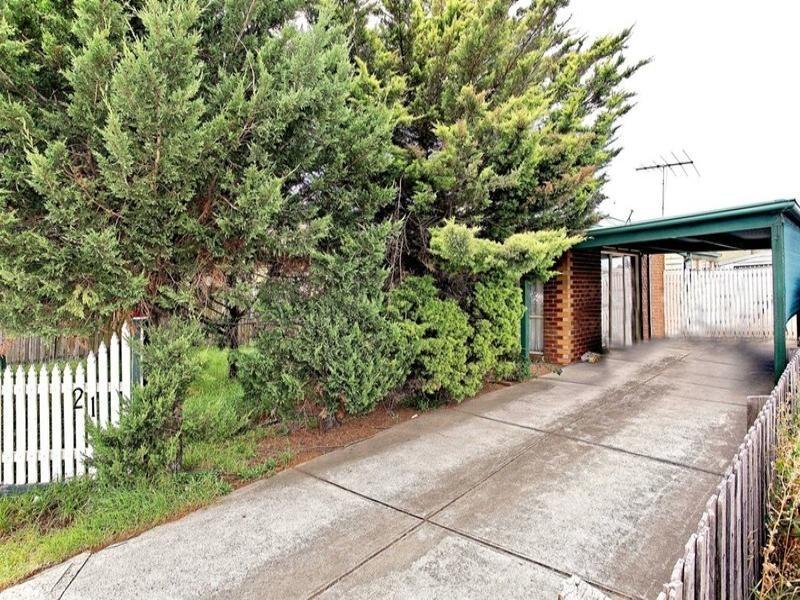 21 Railway Avenue, Laverton VIC 3028