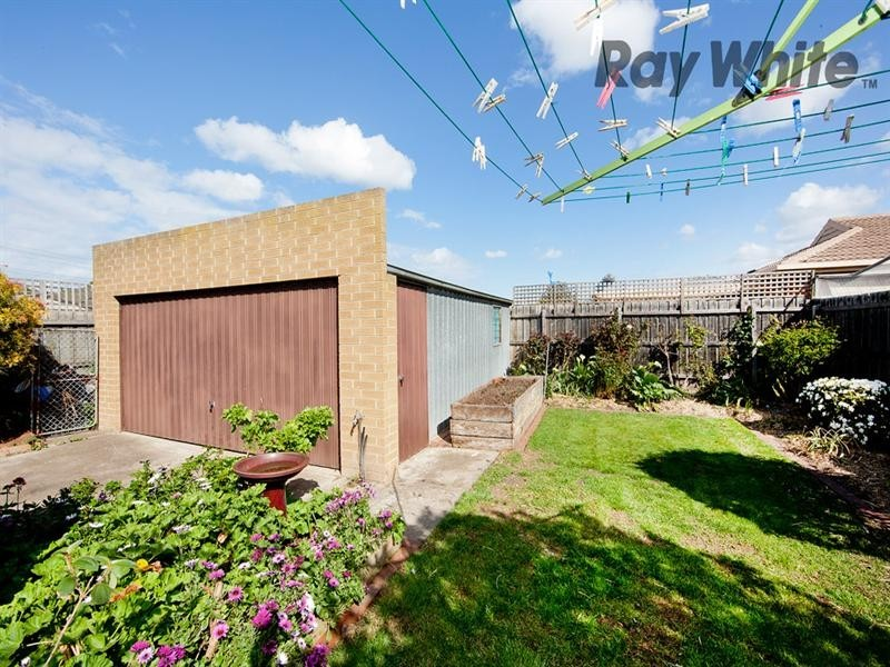 71 Hall Avenue, Altona Meadows VIC 3028