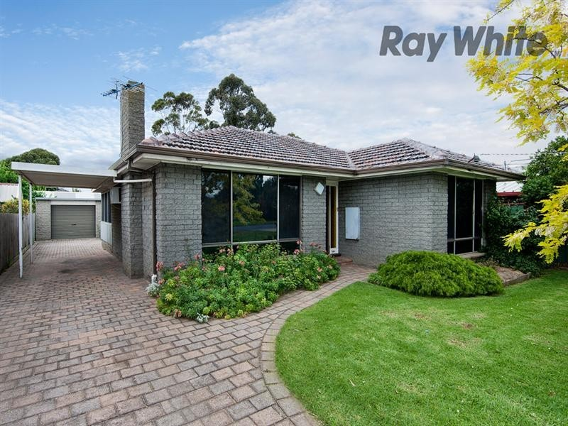 11 Point Cook Road, Altona Meadows VIC 3028