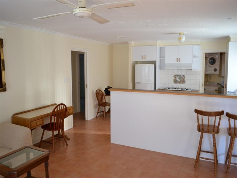 15 Weaver Court, Altona Meadows VIC 3028