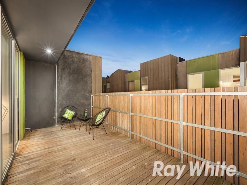 9/15-17 Railway Road, Blackburn VIC 3130