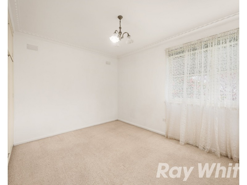 8-8A Wattle Grove, Mckinnon VIC 3204