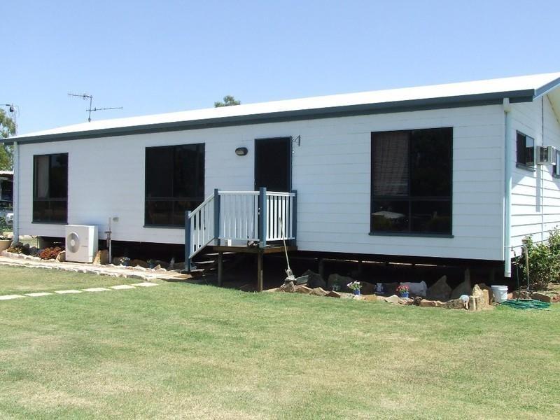 11 Chestnut Street, Barcaldine QLD 4725