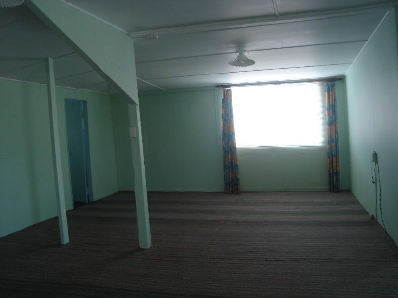 44 Gidyea Street, Barcaldine QLD 4725