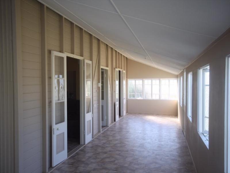 68 Fir Street, Barcaldine QLD 4725