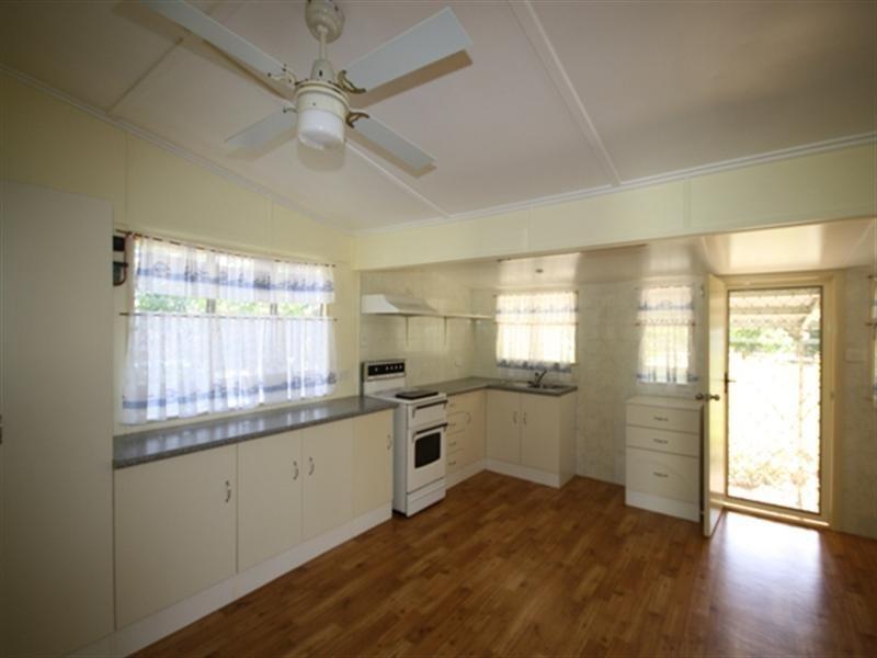 62 Gidyea Street, Barcaldine QLD 4725
