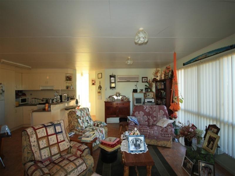 14 Cecil Street, Windorah QLD 4481