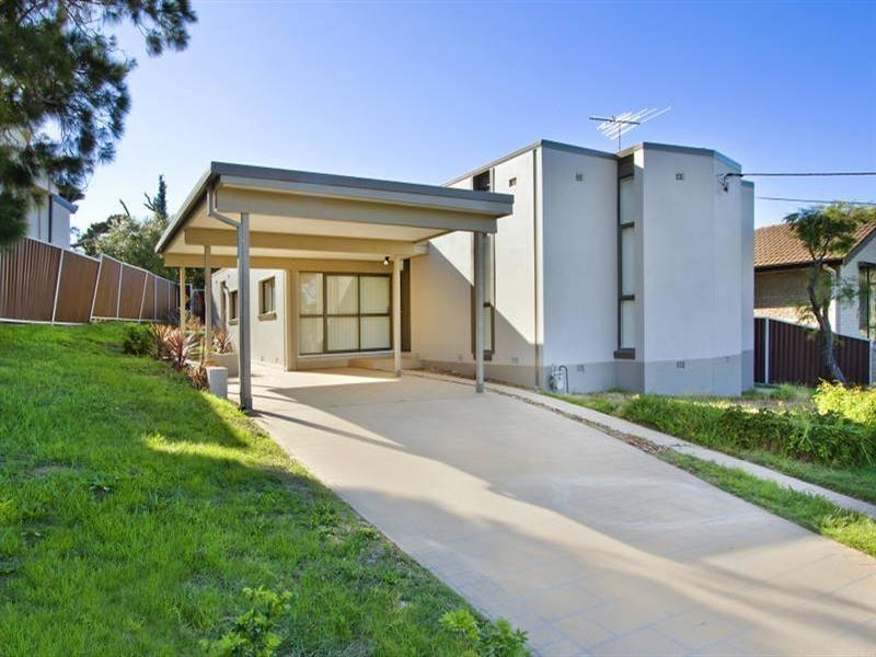 61 Lasseter Avenue, Chifley NSW 2036