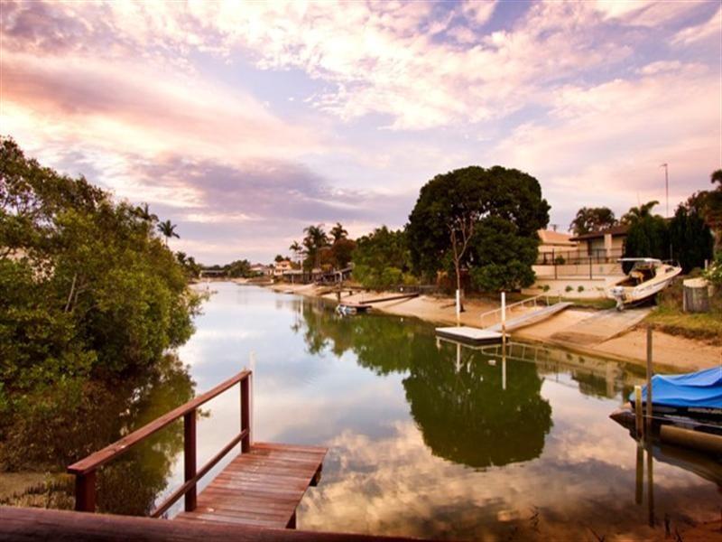 15 Rio Vista Boulevard, Broadbeach Waters QLD 4218