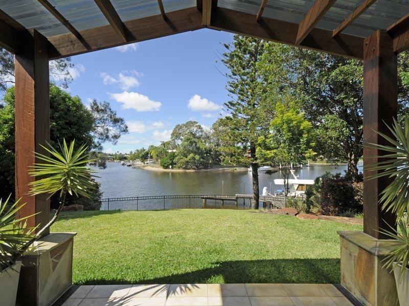 53 River Crescent, Broadbeach Waters QLD 4218